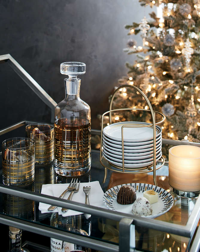 christmas dishes and table decorations crate and barrel. Black Bedroom Furniture Sets. Home Design Ideas