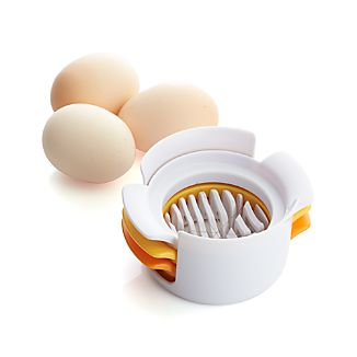 3-in-1 Egg Slicer