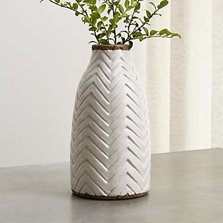 Adra Vase