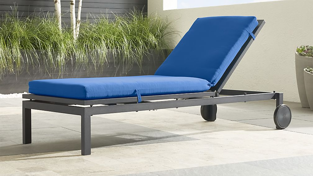 Alfresco Grey Chaise Lounge With Sunbrella 174 3 Quot Cushion