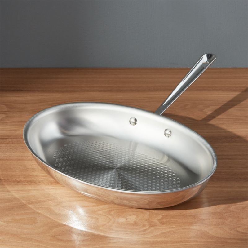All-Clad ® D3 Armor Oval Fish Pan