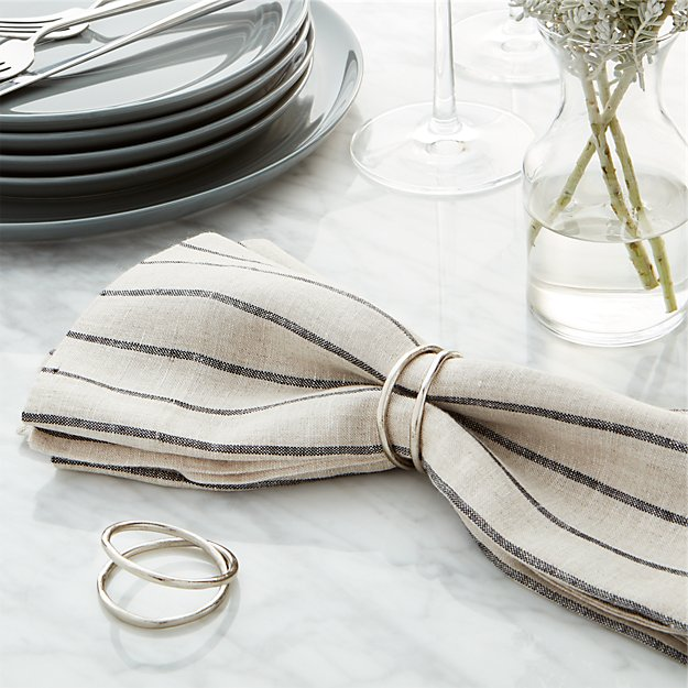 Aria Silver Napkin Ring