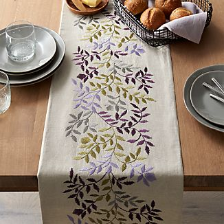 Aveline Lilac Purple Table Runner