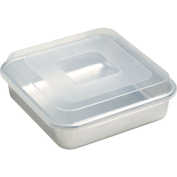 Nordic Ware ® Bake and Store 9x9 Pan