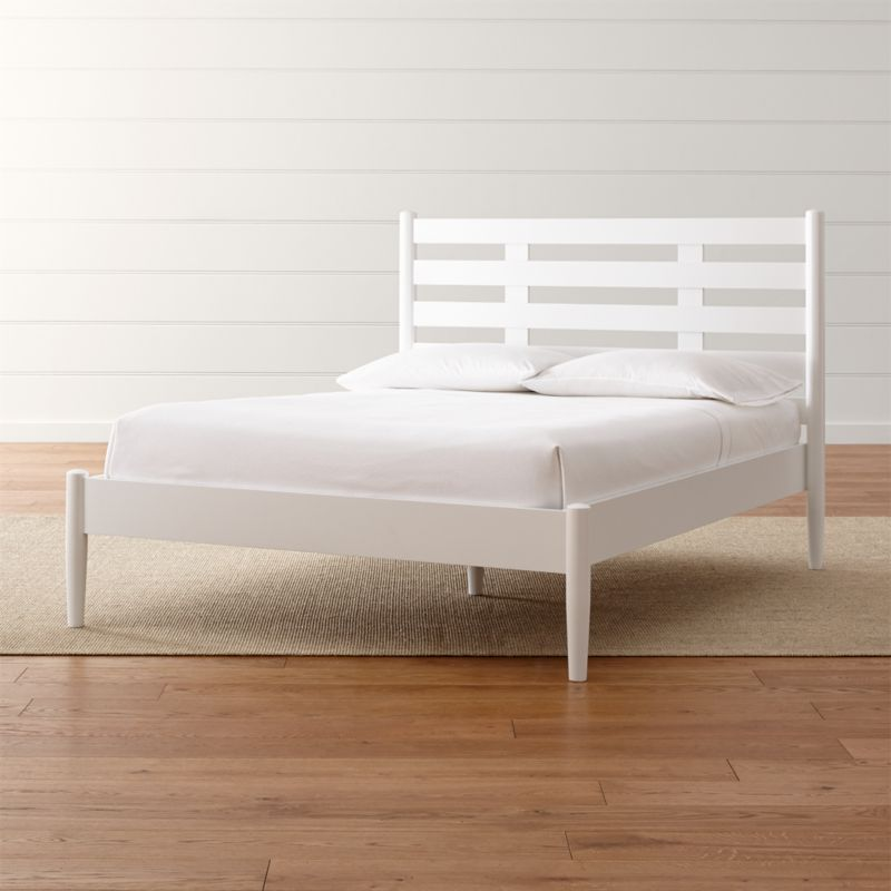 Barnes White Full Bed