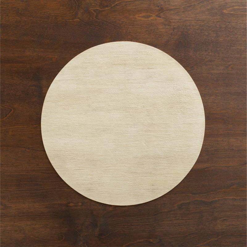 Textured round has the natural look of blond wood with easy care of vinyl.<br /><br /><NEWTAG/><ul><li>100% PVC</li><li>Clean with damp cloth</li></ul>