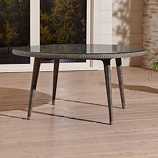 Bridgewater Round Dining Table