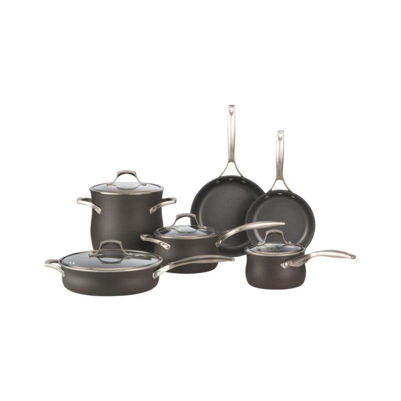 Set includes bonus 5 qt. colander ($110.00 value) and bonus 5 qt. everyday pan ($170.00 value).<br />