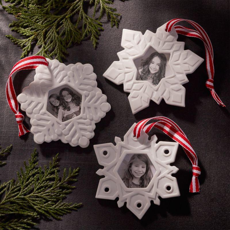 Set of 3 Porcelain Photo Frame Ornaments