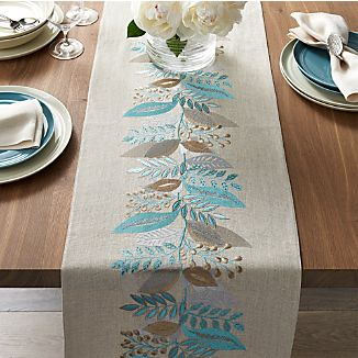Clara Linen Table Runner