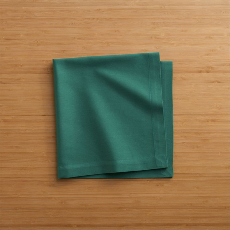 "Lustrous cotton napkin coordinates with any and every table setting. Napkin is tailor finished with 1"" hem and mitered corners.<br /><br /><NEWTAG/><ul><li>100% cotton</li><li>Machine wash; tumble dry, warm iron as needed</li><li>Made in India</li></ul><br />"