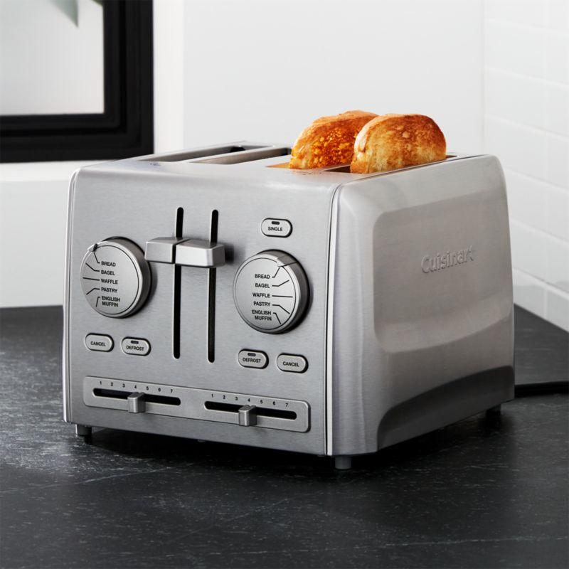 Cuisinart ® Custom Select 4-Slice Toaster