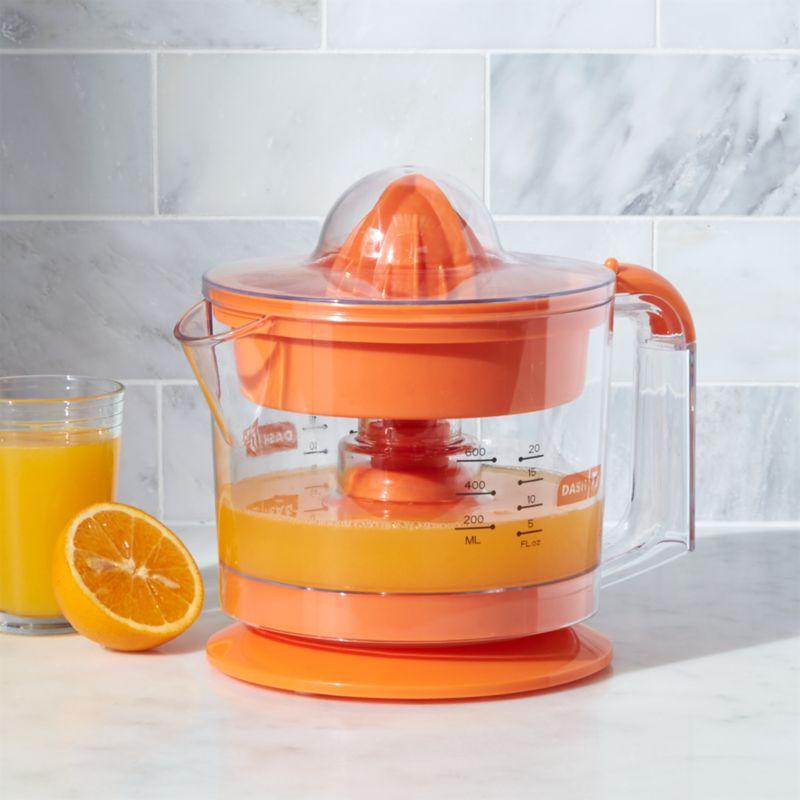 Dash ® Go Orange Citrus Juicer