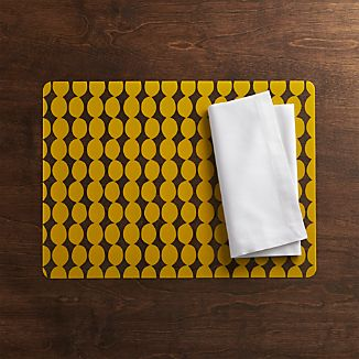 Dots Yellow Placemat and Fete White Napkin