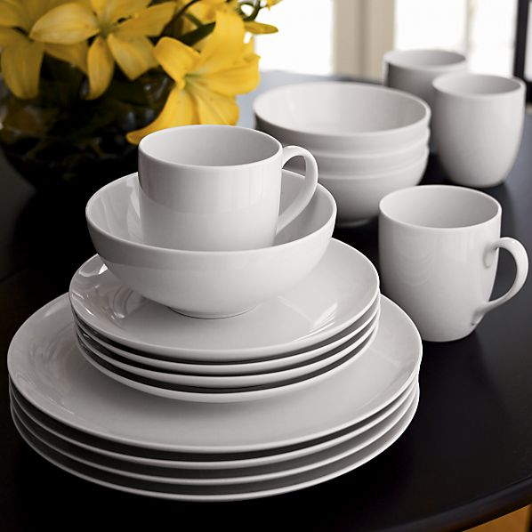 Essential Dinnerware