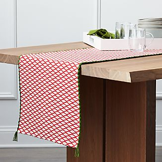 "Feliz 90"" Table Runner"