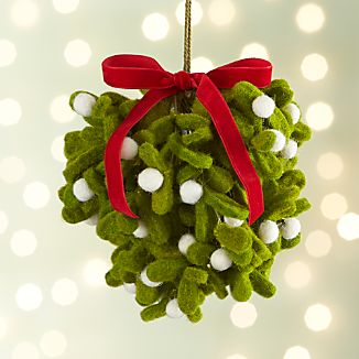 Felt Mistletoe Ball