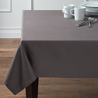 "Fete Pewter 60""x90"" Tablecloth"