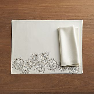 Flurry Placemat and Sateen Ecru Napkin