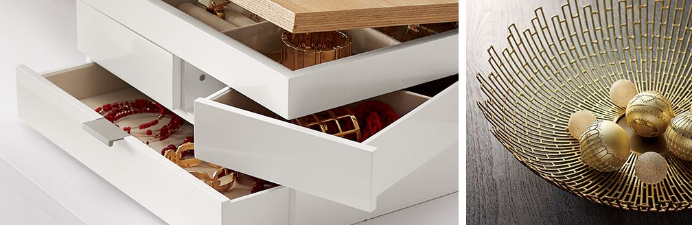 Selma Jewelry Box and Staburst Bow