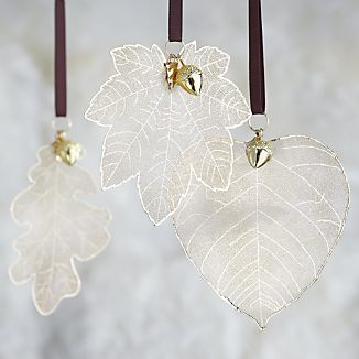 Gold Leaves with Acorn Ornaments