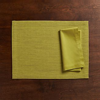 Grasscloth Green Placemat and Fete Green Cloth Napkin