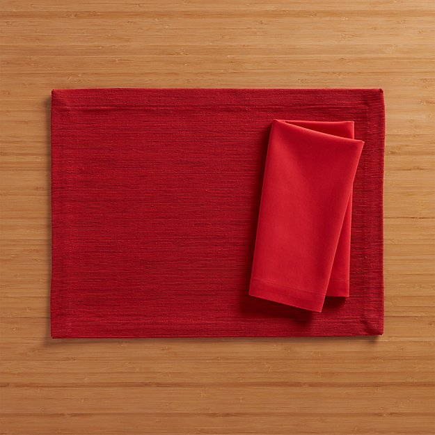Grasscloth Ruby Placemat and Fete Ruby Cloth Napkin