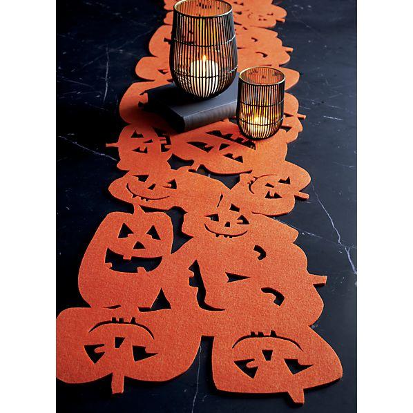 HalloweenPmpknFltTblRnrSC16