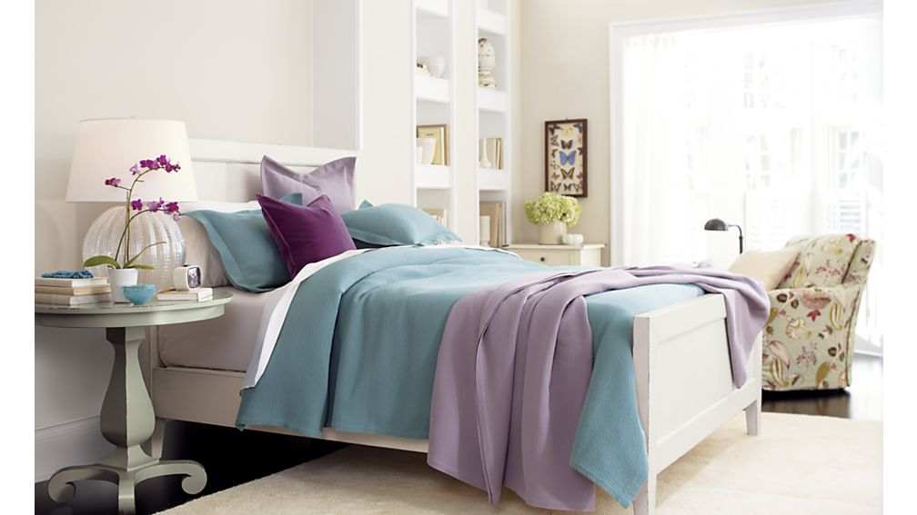 Harbor King Bed