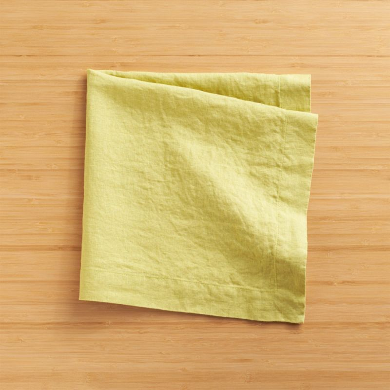 "Lightweight 100% linen napkin unfolds to a generous 22"" square in beautifully vibrant hues, pre-washed for extra softness. Tailor finished with a 1.5"" hem and mitered corners.<br /><br /><NEWTAG/><ul><li>100% linen</li><li>Dry clean or machine wash cold separately on gentle cycle, do not bleach</li><li>Tumble dry low</li><li>Warm iron as needed</li><li>Made in India</li></ul>"