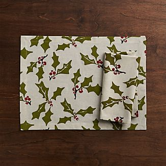 Holly Placemat and Napkin