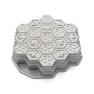 Nordic Ware ® Honeycomb Pull-Apart Pan