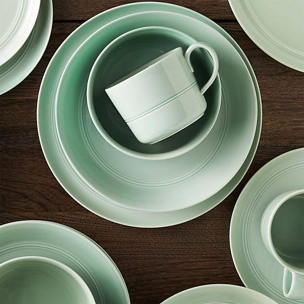Hue Green Dinnerware