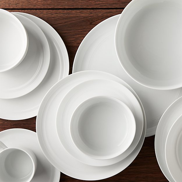 Hue White Dinnerware