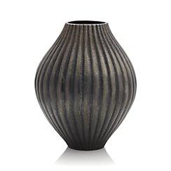 Hunter Vase
