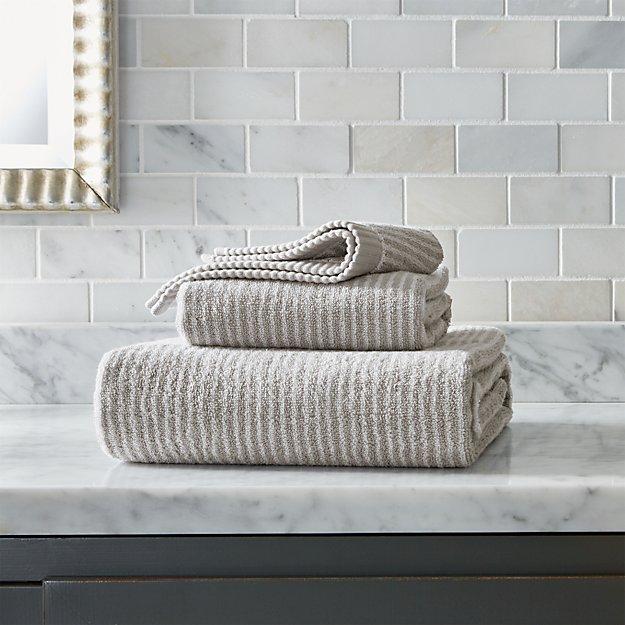 Marimekko Ilta Grey Striped Bath Towels