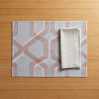 Knox Placemat and Fete Dove Napkin