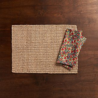 Lanai Placemat and Sadie Napkin