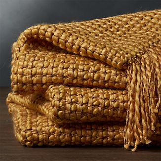 Landyn Gold Chunky Knit Throw