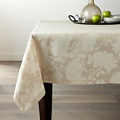 "Laurel 60""x90"" Tablecloth"