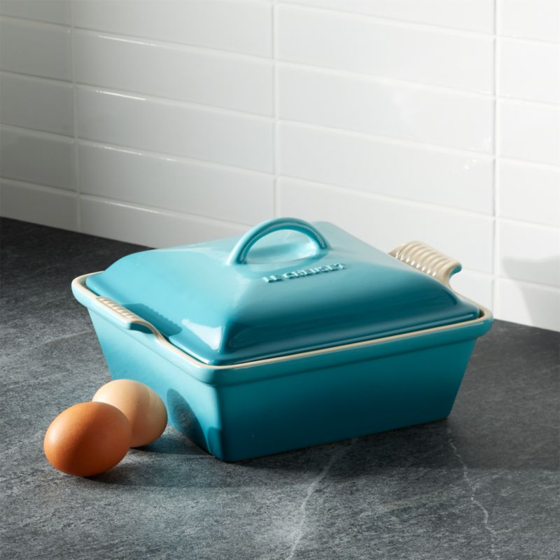 Le Creuset ® Heritage Covered Square Caribbean Baker