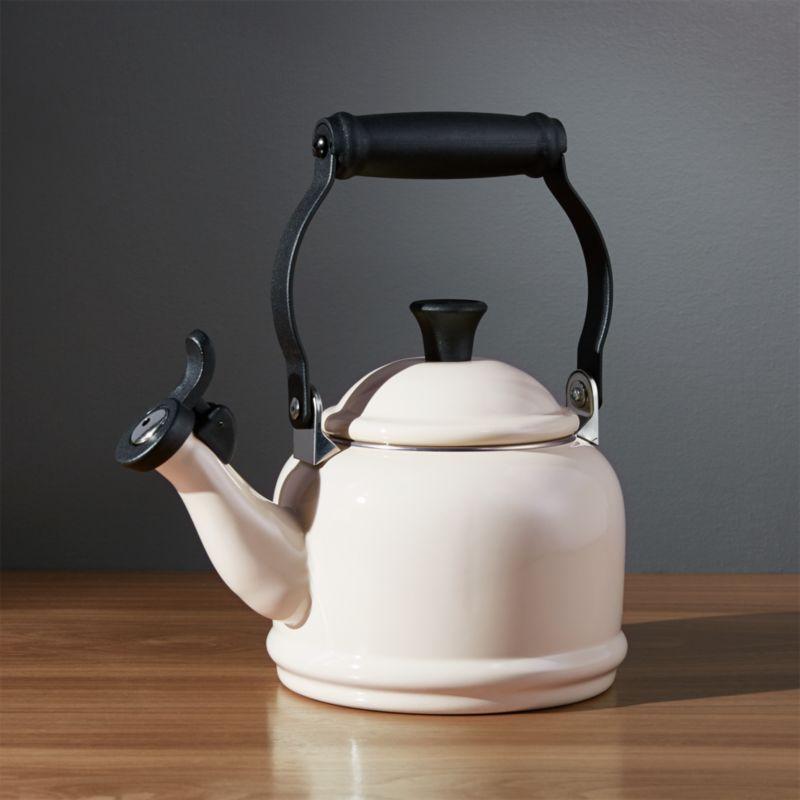 Le Creuset ® 1.25-Qt. Demi Cream Tea Kettle
