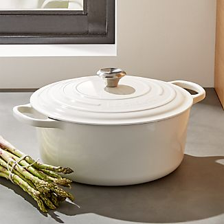 Le Creuset ® Signature 9-Qt. Round White French Oven with Lid