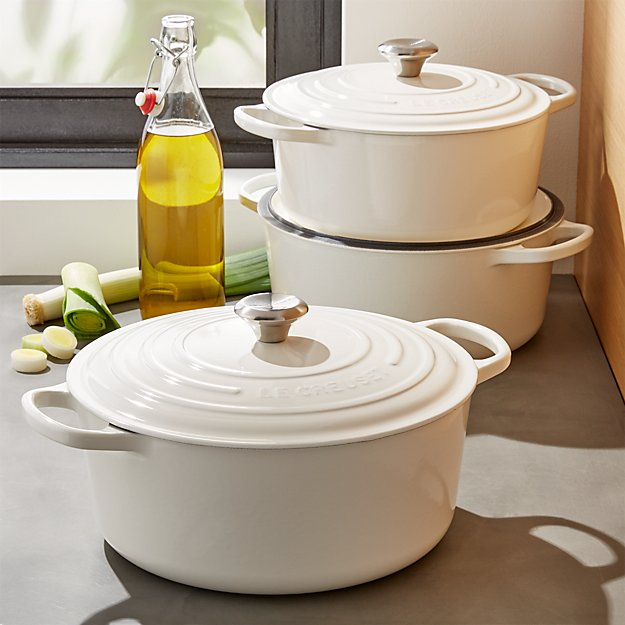 Le Creuset ® Signature Round White French Ovens