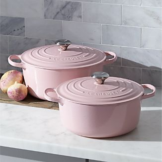 Le Creuset ® Signature Round Hibiscus Pink French Ovens with Lid