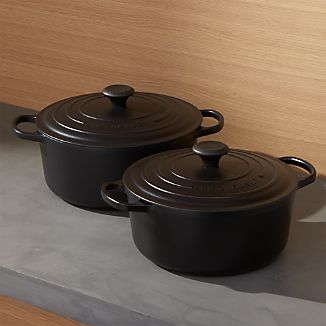 Le Creuset ® Signature Round Licorice French Ovens with Lid