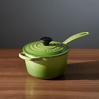 Le Creuset ® Signature 1.75-qt. Palm Saucepan with Lid