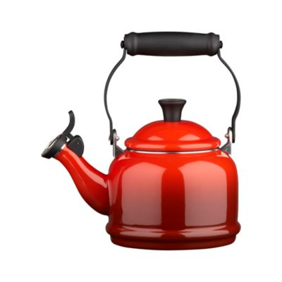 Le Creuset�� Cherry Teakettle