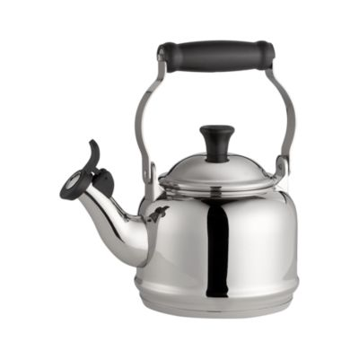 Le Creuset�� Demi Stainless Steel Whistling Teakettle