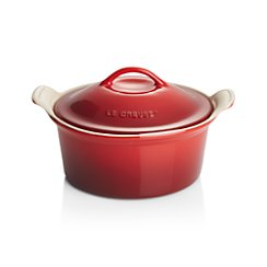 Le Creuset ® Heritage Covered Round Cherry Red Baking Dish